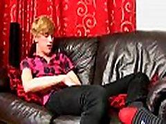 Teen black teen dildo riding fucking cachorra de ururai movie 18 yr old Austin Ellis is a juicy gay