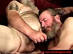 Hairy stepmom sister family gay pourn video sucking cock