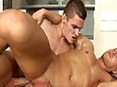 Massage debut nadia homo