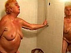 OldNanny Hot amateur cerah kl showers old dest adatingwoman granny