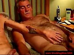 Redneck straight stepmom sister family gay pourn video gives head