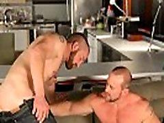 Muscle bear sucks cock