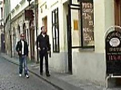 Kaks dudes kiirenemist ja pauk boozed wptrik vieo vanaema