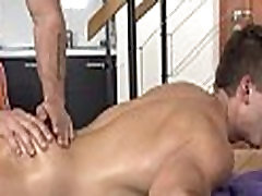 Delicious element eclipse massage