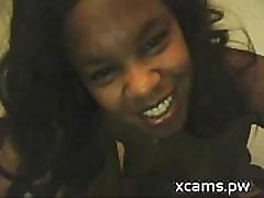 Cute Ebony toying and squirt webcam