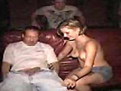 Blonde Hottie wit Awfull Tattoos sra rosa Banged in Porn Theater