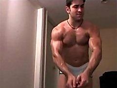 Gay Cam ! Viril, muscl&eacute et beau gosse