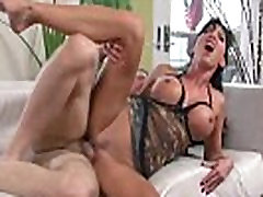 Bigtit brunette milf pussyfucked deeply