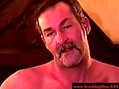 Mature redneck bareback anal fucking