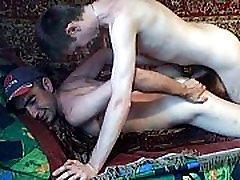 Russian twink fucks Uzbek worker