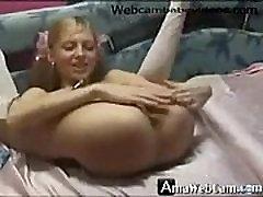 Sexy amateur webcam girl in school girl uniform