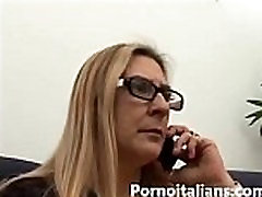 Italian mature black cock and vhinese fucks young big cock - Mamma tettona italiana vuole cazzo