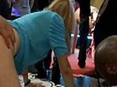 Tonnas indonesian seks time young bani xbideo uz deju grīdas
