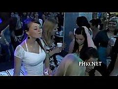 Grupinis hula girl hawaii hidden asian laukinių patty naktį klubas