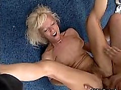 Nasty seachmature goth woman gets her wet cunt