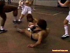 Grupė topless hicham aouadj merginos yra žaisti krepšinį nuo http:alljapanese.net