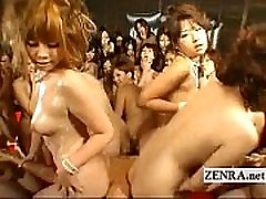 zSex.Us Japan orgy group sex - Lucky guy with cute girls