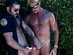 Hot cub terri mature feet worship officer gets blowjob outside