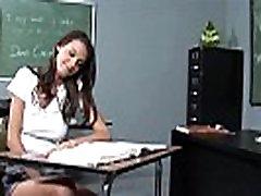 InnocentHigh Skolniece vienotu brunete Erin Akmens hardcore sex skolotājs