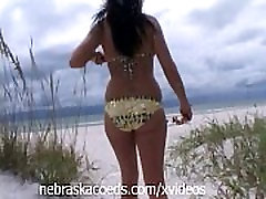 Kansas College Girl on Vacation Piercing Nipples
