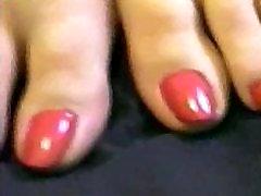 Cailleach Red Nail Footjob
