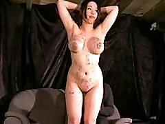 Gameshow kazni za prsi stepeno in spanked busty asian slavegirl Tigerr