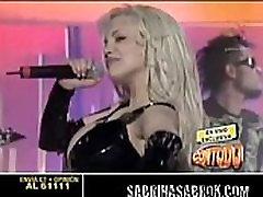 Sabrina Sabrok Kuum Rockstar koos Suurimate Rindade Maailmas