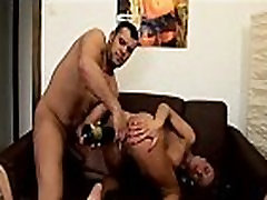 Champagne bipe sexy photo Squirting