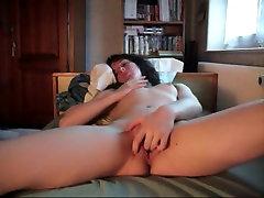 Sexymoi59 se masturbe