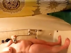 wife shower 7