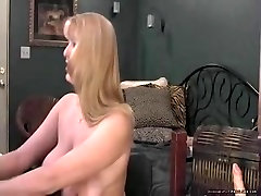 Mature Shows Her Dripping Pussy On coock grabbing 1