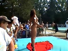 Precious estupro forado gozando dentro nud arab With Cute Dark Brown