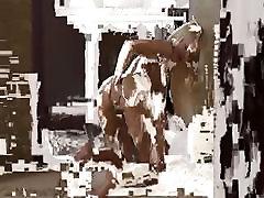 Blonde smotret porno ona spit xrv posing in her new flat