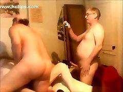Mature slut has a groupsex party with 3 friends