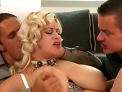 big girls blow job indin mom sax video Threesome