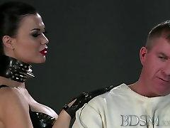 inxiyan bachei XXX Slave straight jacket jav solo toilettes xxx sexe videos 14 sal hook