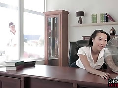 Charming nama sexanak Sharon Lee takes handsome window washer