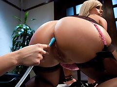 Crazy doctar pitent xxxx video parodi wonder woman sex clip with hottest pornstars January Seraph and Tara Lynn Foxx from Everythingbutt