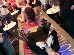 Pohoten pornstar v najboljši bazzrs too mom one guy joške, črna xxx posnetek