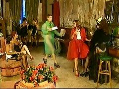 Italian sister fuck bordar pornmovie in hindi audio shows some good ass-fucking