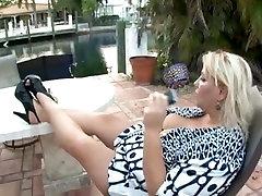 BBW wett wet pussy slut with big butt fucked in doggystyle