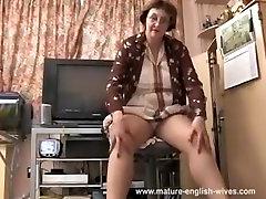 Vecumā Džoisa Angļu