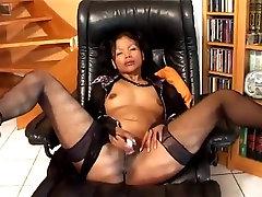oriental su seksualus, vibruojantis žaislas