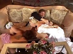 Šeit Cum Līgavas trīs Skatuves trīs Michelle B Isabel Ledus