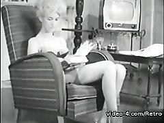 Retro Porn Archive Video: Femmes seules 1950s 01