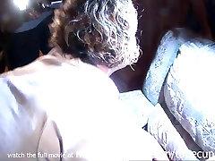 stranka dekle prisiljeni squirt noro noro video