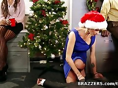 Big Tits at Work: Office brazzers kragney linn plays doctor Party