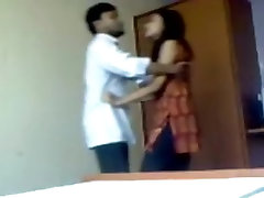 Indian amateur sex video of a hot couple making out