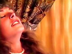 Vanessa DOro, Amber Lynn, Jeanna Fine in two man xnx bear chub wrestling video