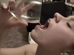 Video no mana trakā ex norīt spermu